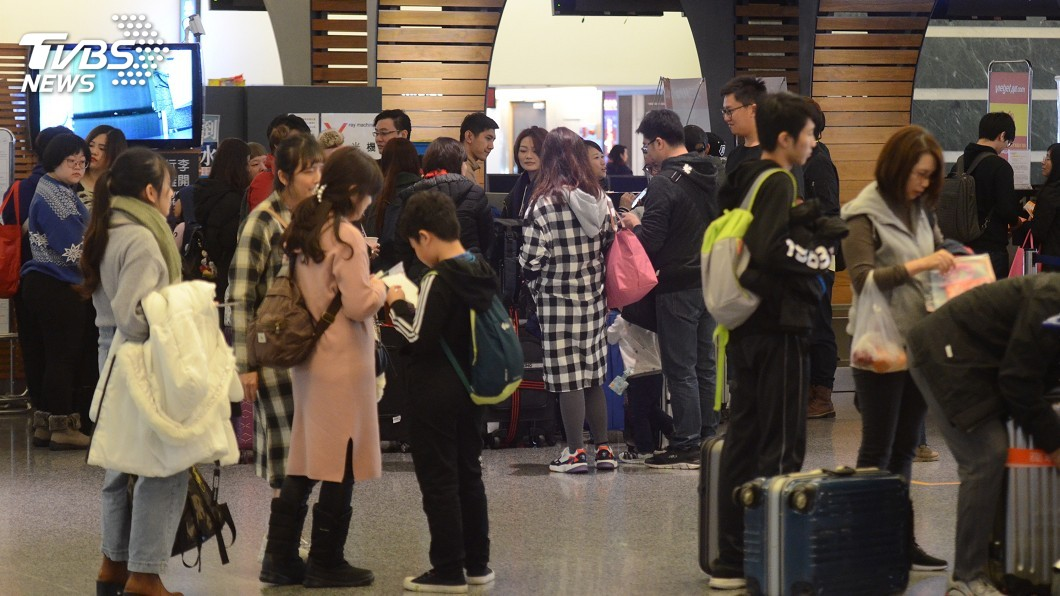 圖/TVBS 快訊/罷工航班未取消退票罰6千 華航:可憑單退款