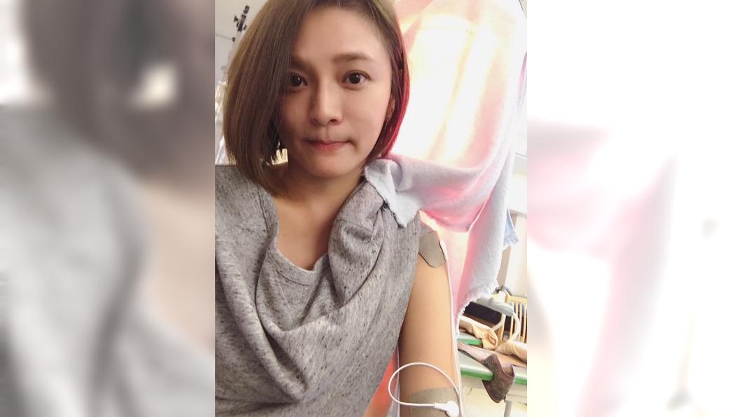 圖/翻攝自梁家榕臉書 女星驚傳肌肉萎縮 復健照曝光「已經3個月了…」