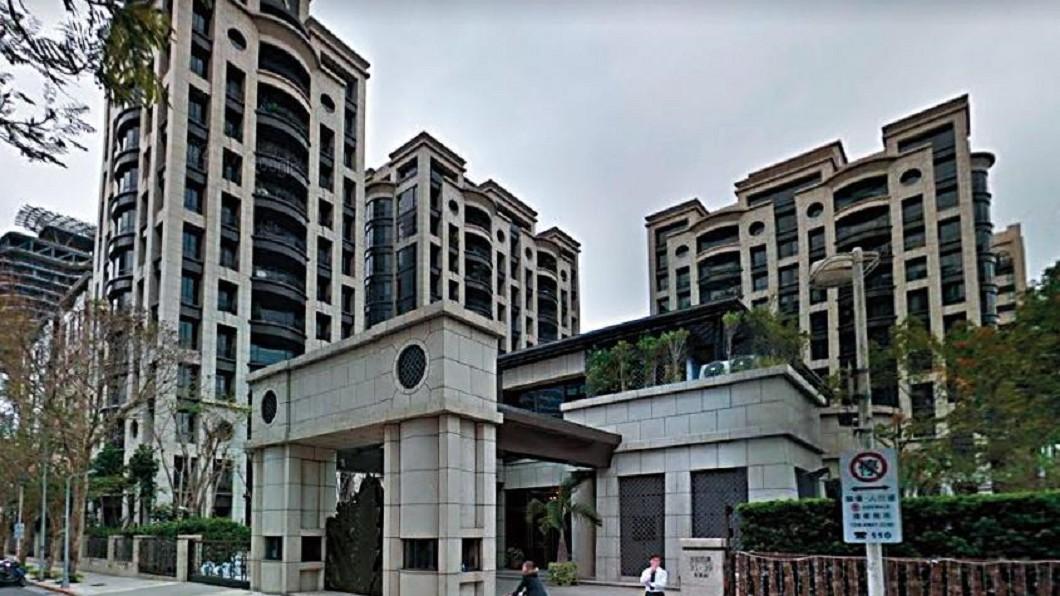 台北花園豪宅。(圖/翻攝自《鏡週刊》)