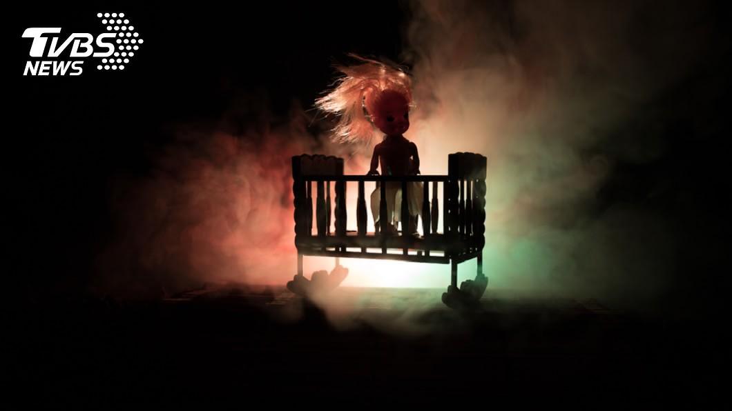 示意圖/TVBS 爸無故心絞痛 她夜半驚見鬼娃討命:是無緣的弟弟…