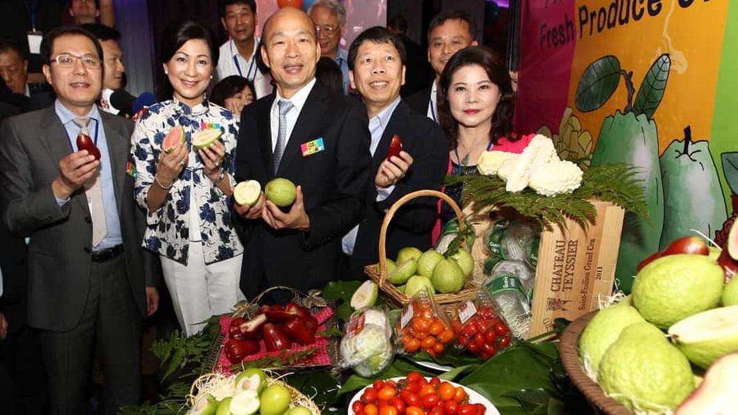 圖/吉隆坡台灣貿易中心提供 韓國瑜大馬簽約 外銷高雄優質農產品