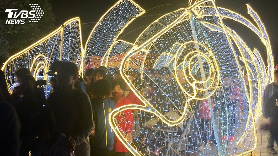 圖/中央社 台灣燈會二二八連假交通 縣府公布最新資訊