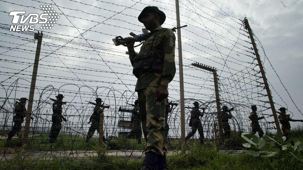 印巴兩國關係緊張。示意圖/達志影像美聯社 這是挑戰我們的下場!巴基斯坦國防部暴走 不斷挑釁印度