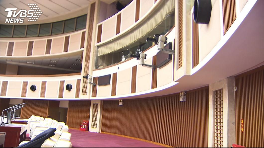 圖/TVBS 「開會黑箱」 北市議會開放轉播拖三年未解