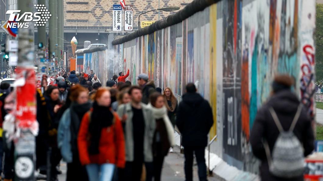 圖/達志影像路透社 柏林圍牆倒塌30年 德國東西部經濟鴻溝仍大