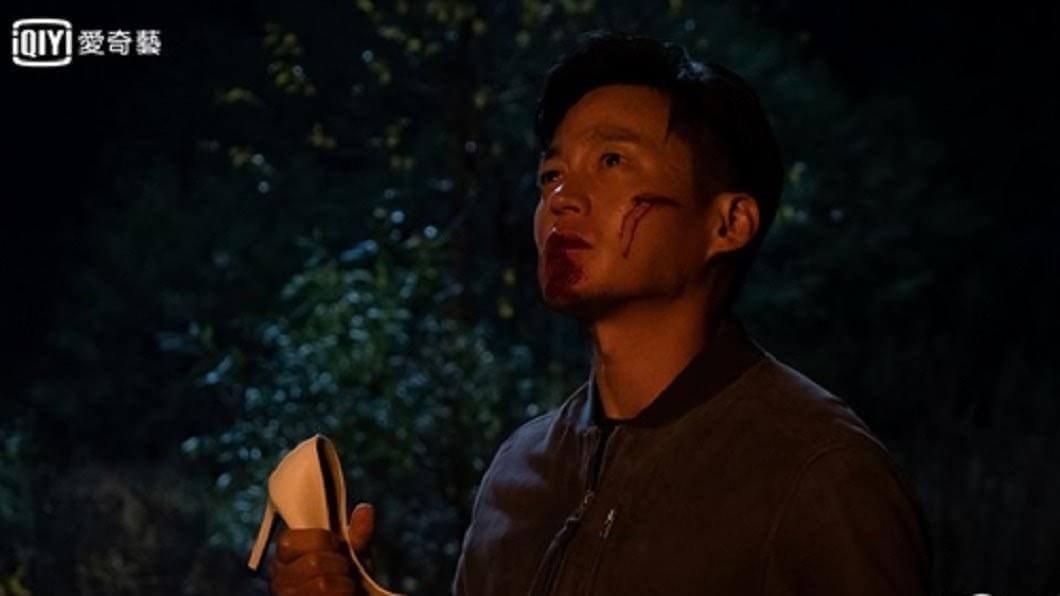 李瑞鎮此劇遍體麟傷,「受害者」形象也是圈套?  照片來源:愛奇藝台灣站、韓國OCN官網