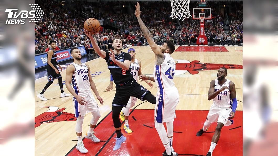 圖/達志影像路透社 拉文致命切入取勝 NBA公牛1分險勝76人