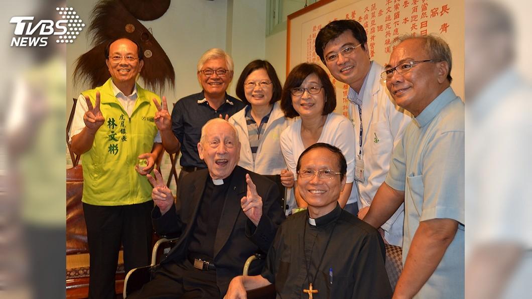 圖/中央社 奉獻台灣逾一甲子 97歲畢耀遠神父辭世