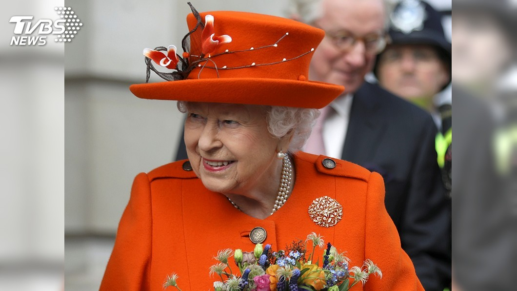 圖/達志影像路透社 不靠小編!92歲英女王首次自己發IG 網友狂按讚
