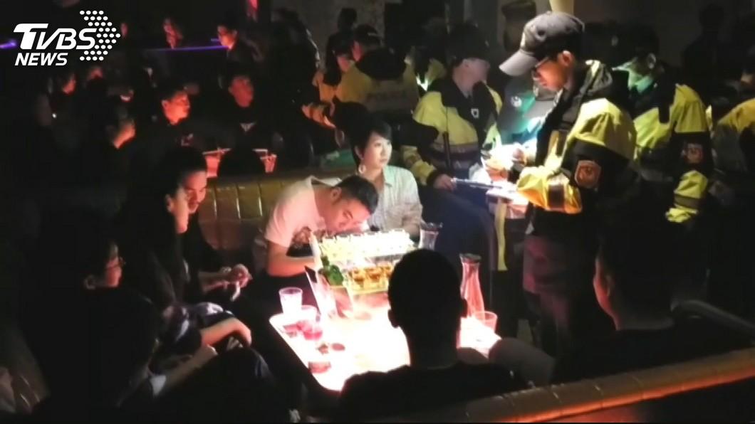 圖/TVBS 不想下台!雙北警局大掃蕩 嚴查特種場所