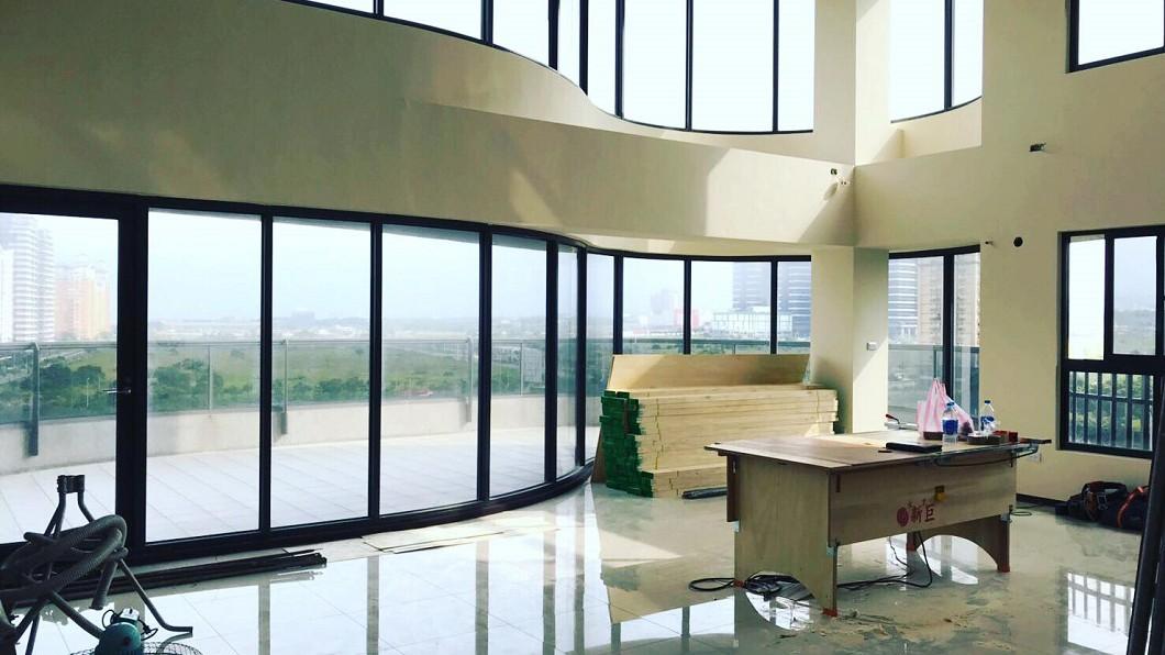 郭彥甫買下位於淡水要價2千萬元的新家。(圖/翻攝自郭彥甫臉書)