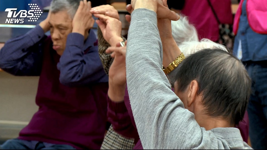 圖/TVBS 退休每月多少才夠活 退休夫妻:5萬元