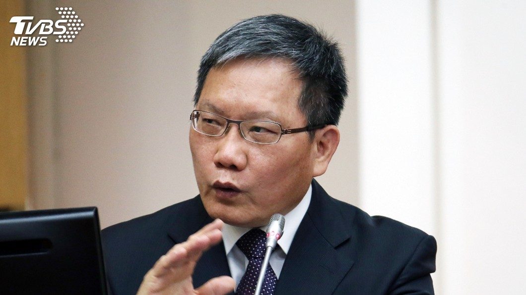圖/中央社 韓質疑國稅局洩個資 財長回擊:沒證據就道歉