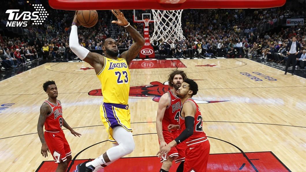 圖/達志影像美聯社 詹姆斯砍36分 NBA湖人扳倒公牛終結5連敗