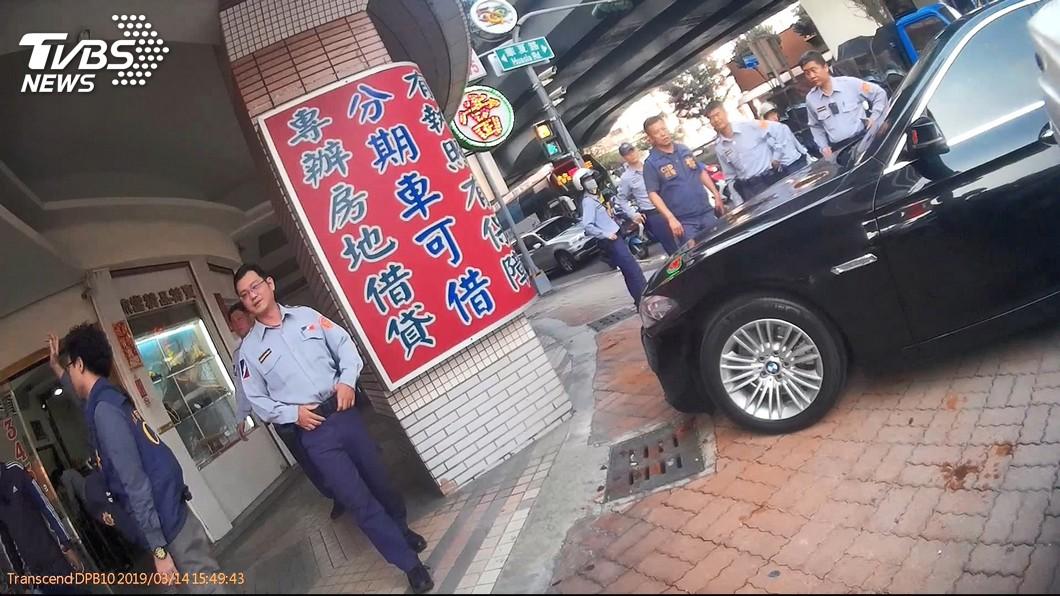圖/TVBS 喬債引發衝突! 當鋪兩地大亂鬥警逮7人