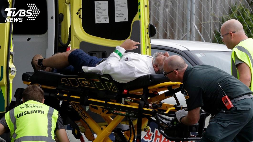 圖/達志影像美聯社 槍手闖紐西蘭清真寺掃射!多人中彈 目擊者:到處是血
