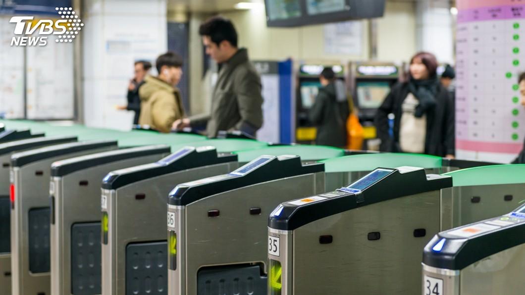 示意圖/TVBS 首爾地鐵出軌驚魂 292乘客摸黑逃生