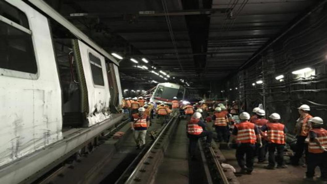 圖/中新網 港鐵新系統測試.隧道內相撞 40年來首次