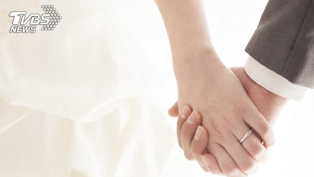 看到朋友結婚,一般人都會替他們感到開心。(示意圖/TVBS) 婚宴辦完沒登記…新人1個月就分手 網:騙紅包