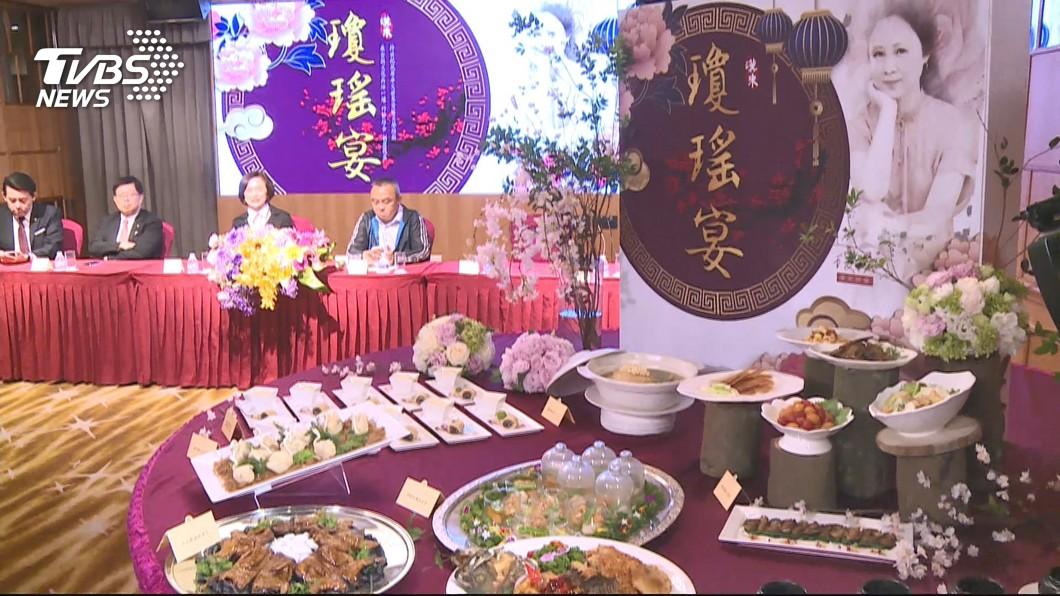 高雄市長韓國瑜今(22)日晚間出席「瓊瑤宴」。圖/TVBS