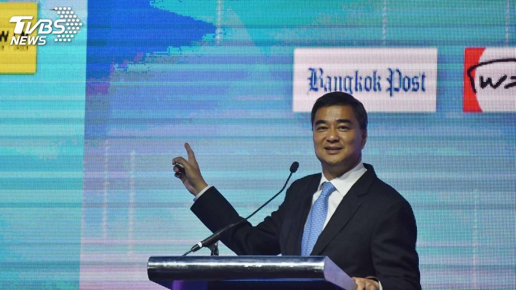 圖為民主黨黨魁、總理候選人艾比希。 圖/中央社 泰國大選軍方想繼續掌權 搖擺政黨成關鍵