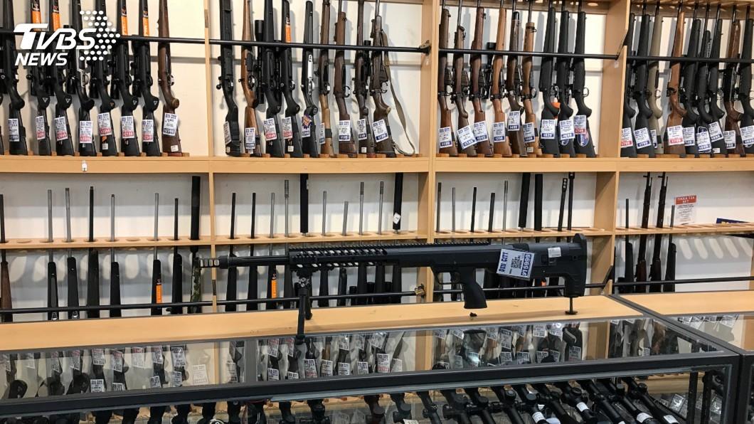 圖/達志影像路透社 紐西蘭禁售攻擊步槍 新法4月11日起生效