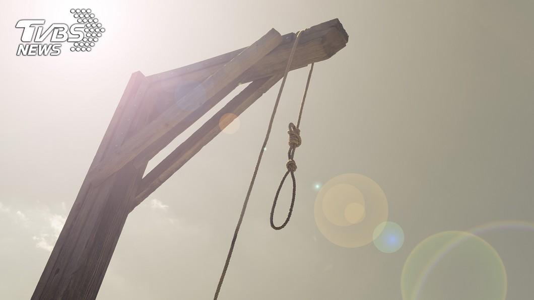 英國1名男子被判絞刑,行刑3次後竟皆失敗。示意圖/TVBS 吊不死的男人!他被死神遺忘 絞刑實行3次...全失敗