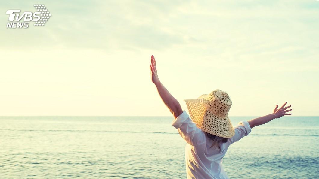 示意圖/TVBS 人生的路上 我們需要做一個單純與快樂的自己