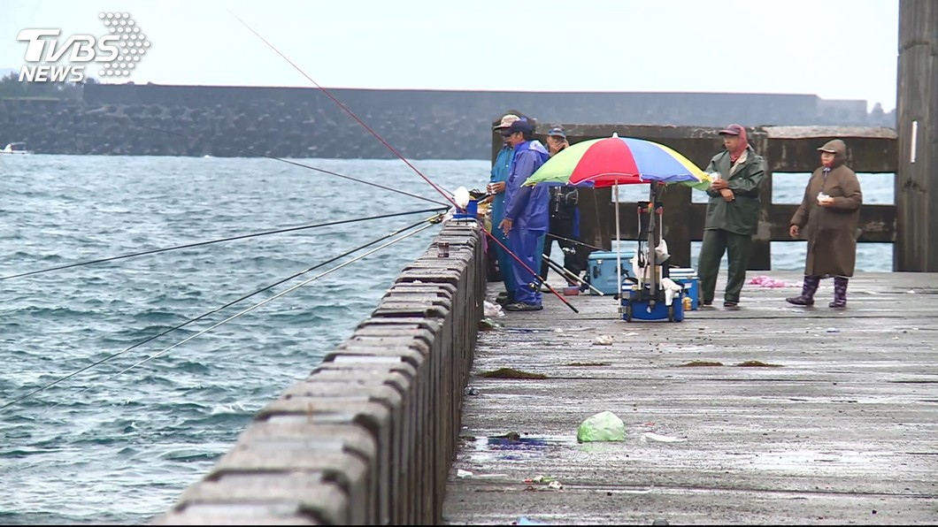 圖/TVBS 開放部分港口釣魚 全國漁會反對無配套措施
