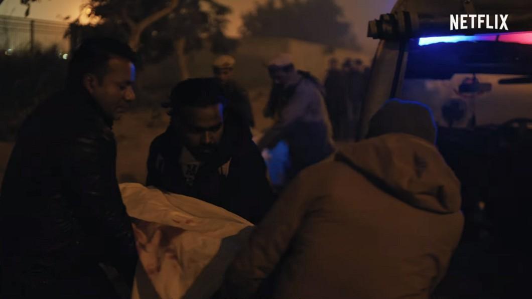 圖/翻攝自Netflix Asia YouTube 女大生遭六男性侵喪命 印度慘案拍紀錄片