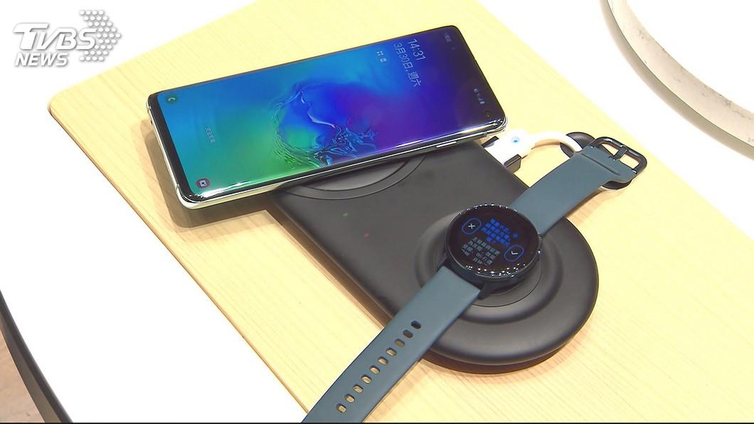 圖/TVBS 小米推CC自拍神機 Vivo新機「客製化美肌」