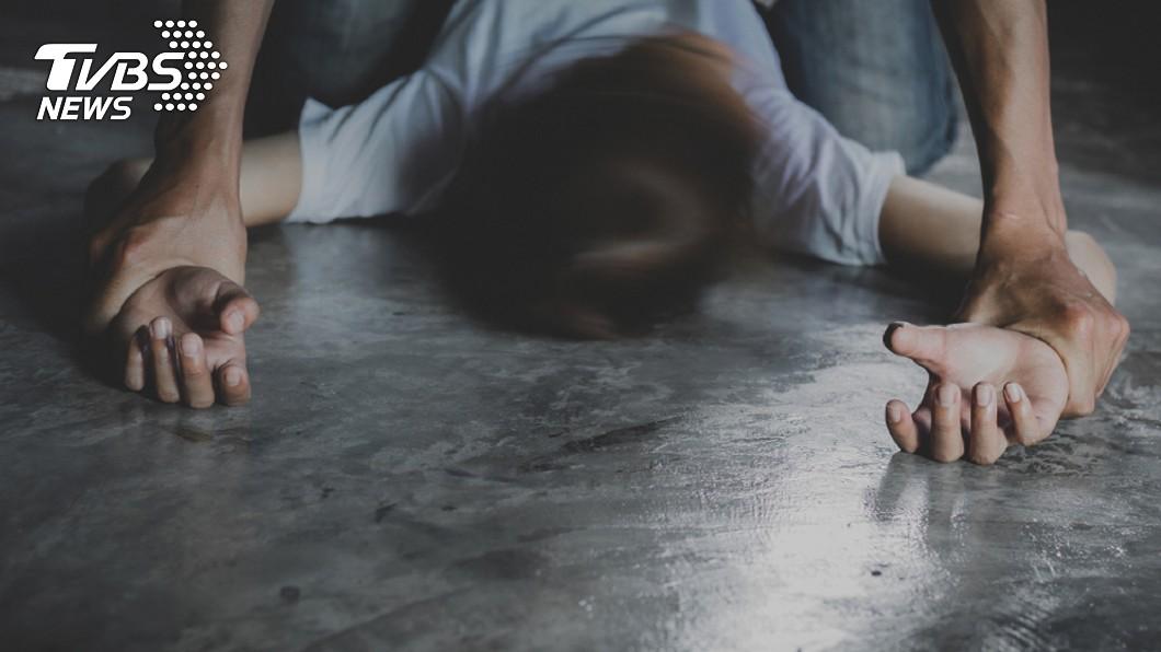 北市某明星高中驚傳有社團指導老師涉嫌性侵學生,先後遭舉辦3起。(示意圖/TVBS) 北市明星高中現狼師性侵學生 教育局證實:檢舉3件
