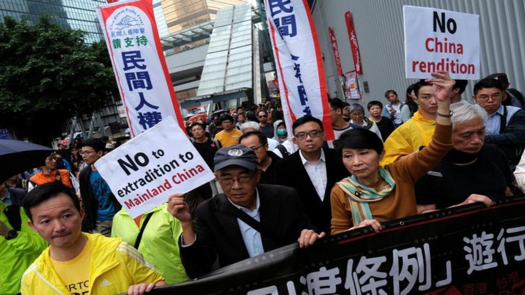 圖/達志影像路透 香港再對抗中 反對「修引渡條例」大遊行