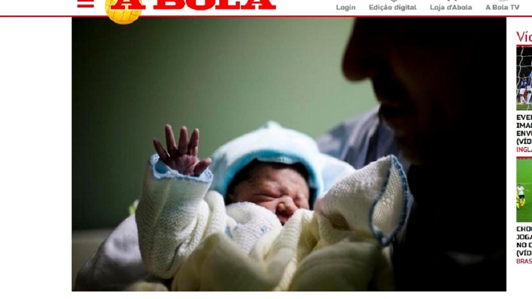 圖/翻攝自ABOLA網站 女懷孕19週腦死 延命苦撐3個月產子隔天成忌日