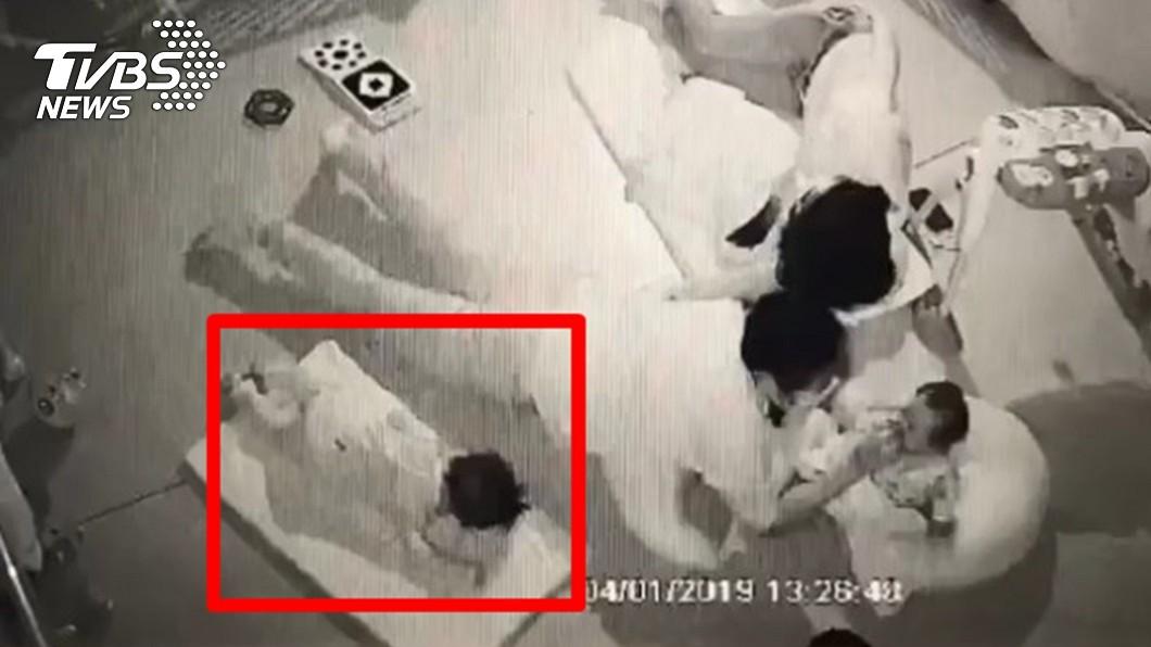 圖/TVBS 被保母壓19分鐘悶死 爸含淚喊:一定要回來當我兒子