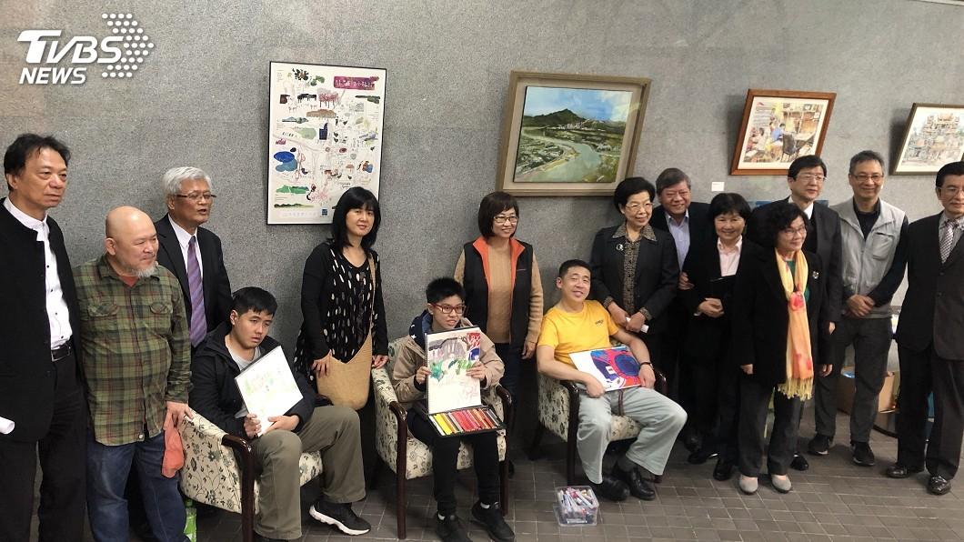 圖/中央社 監察院助自閉兒辦畫展 呼籲社會共同關心