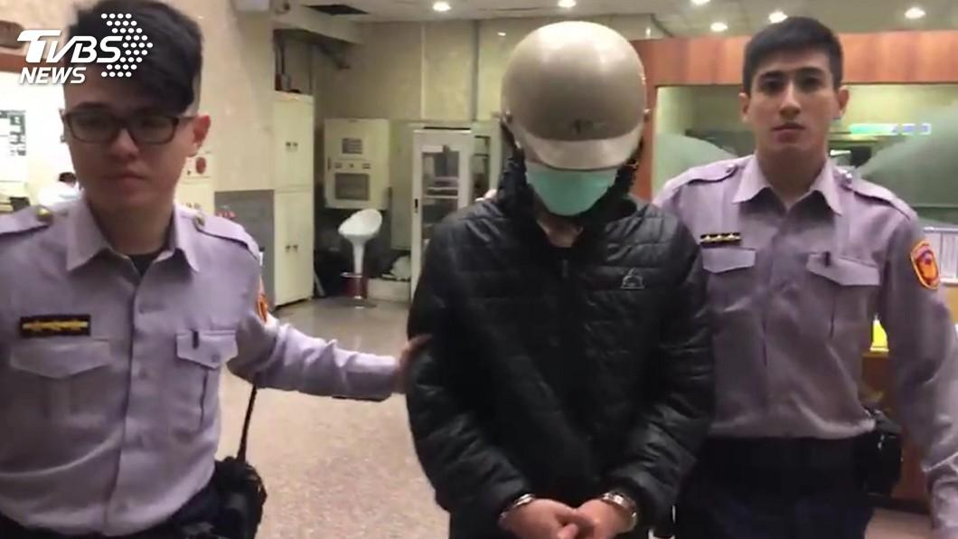 圖/中央社 拒攔檢衝撞巡邏車 遭警圍捕開槍逮人搜出毒品