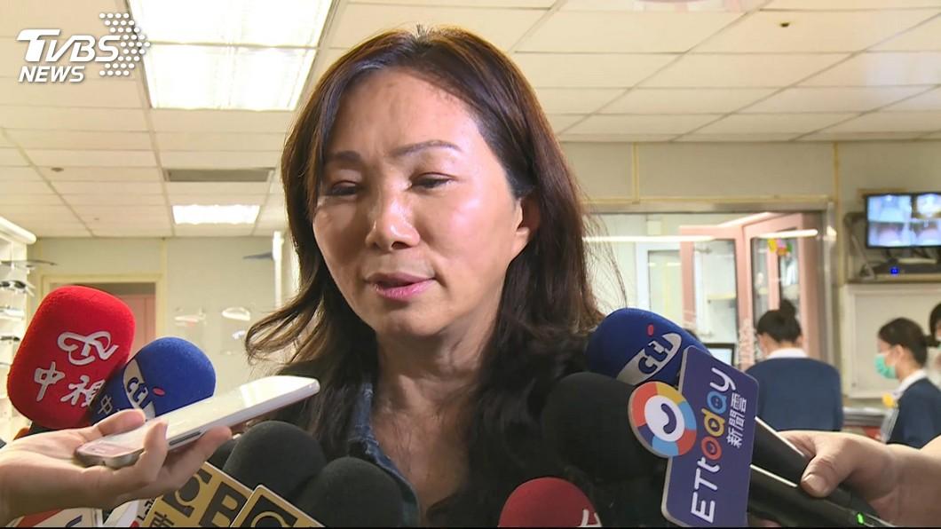 高雄市長韓國瑜的妻子李佳芬。圖/TVBS 談韓是否參選 李佳芬嘆「背後被開槍」:感覺很不舒服