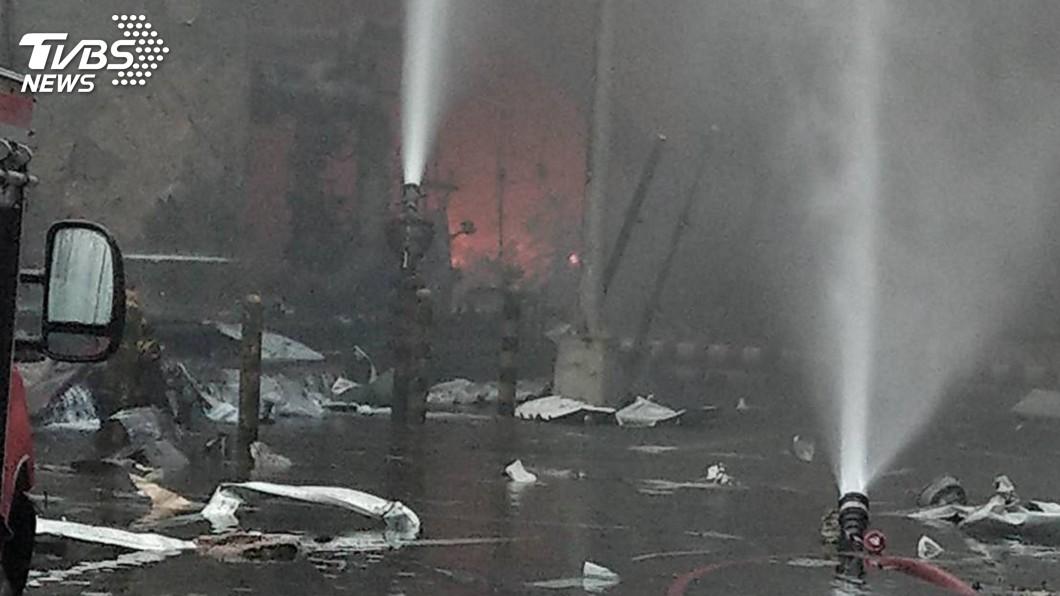 圖/雲林縣消防局提供 要求麥寮員工放棄申報氣爆災損? 台塑:這是訛傳