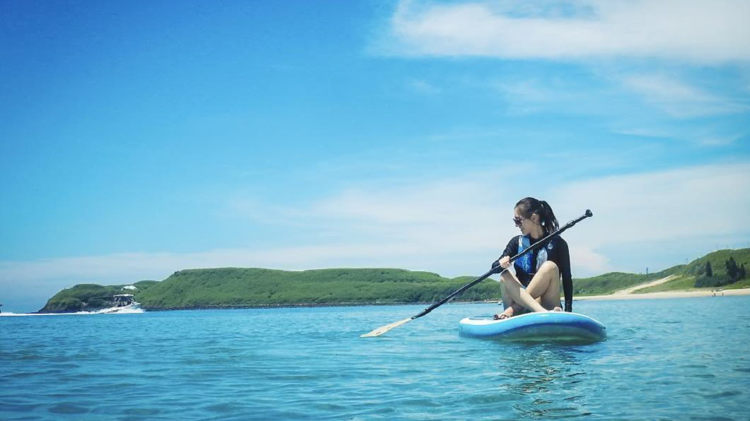 澎湖水上活動-SUP體驗。圖/Tripbaa趣吧!亞洲自由行專家