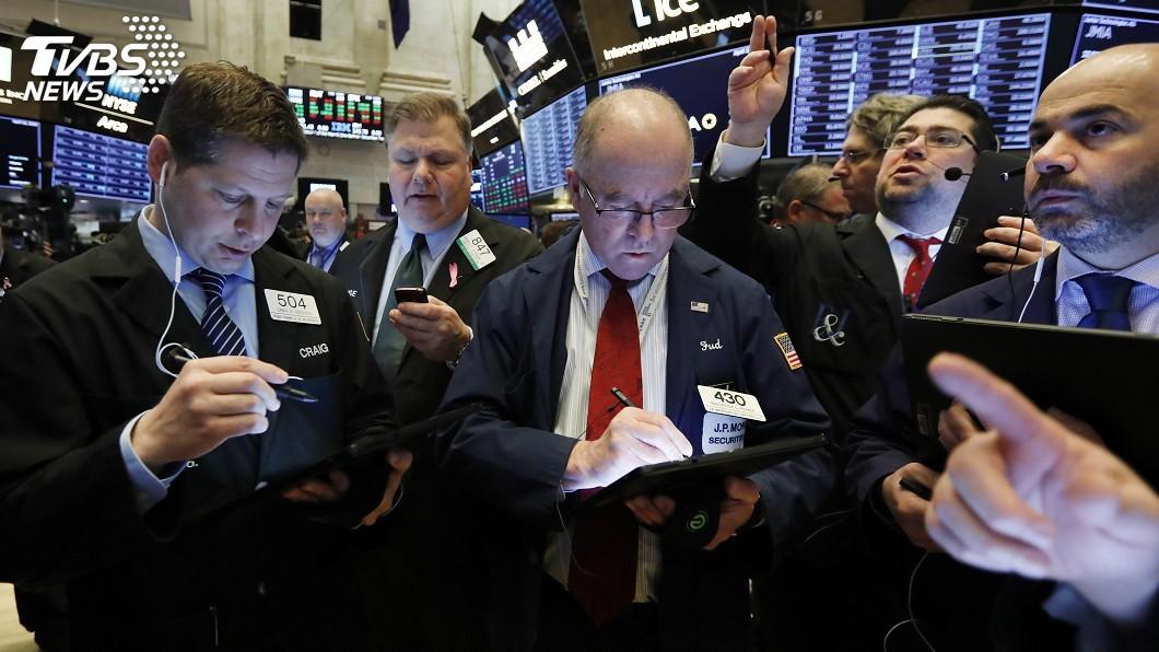 圖/達志影像美聯社 川普再轟Fed 如沒攪局美股有望多漲萬點