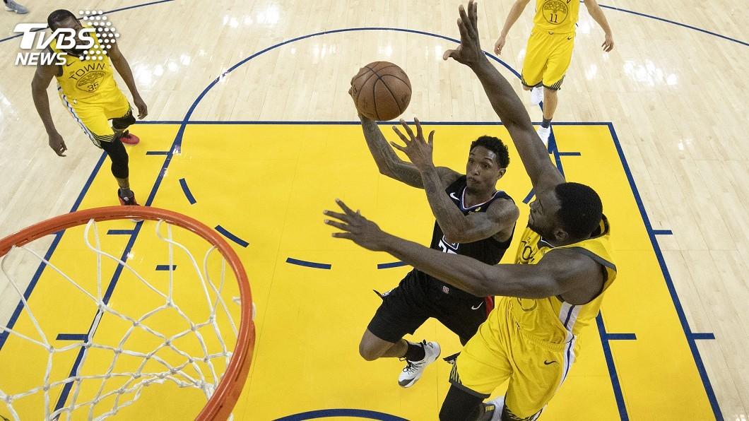 圖/達志影像美聯社 NBA季後賽歷史性逆轉秀 快艇撞倒勇士扳回一城