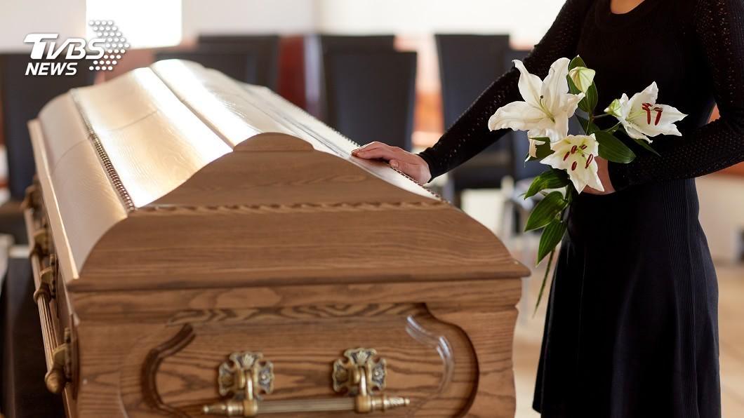 示意圖,與當事人無關/shutterstock達志影像 弄丟孩子9千元喪葬費…房東「無私暖舉」逼哭租客一家