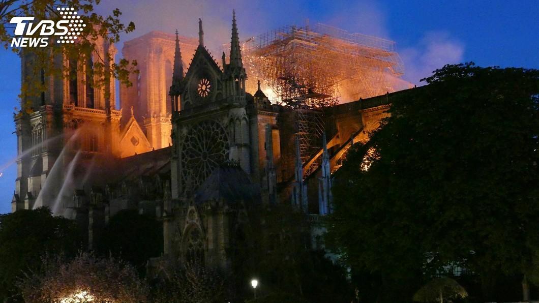 圖/達志影像美聯社 史學家看聖母院:集萬眾目光卻乏人呵護