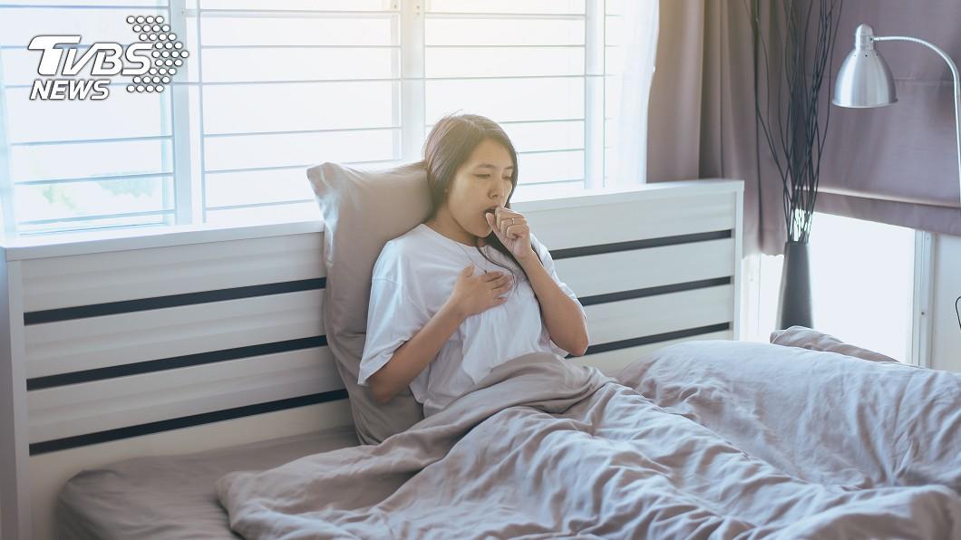 示意圖/TVBS 驚!26歲女咳嗽一個月未癒 竟罹「肺癌第三期」