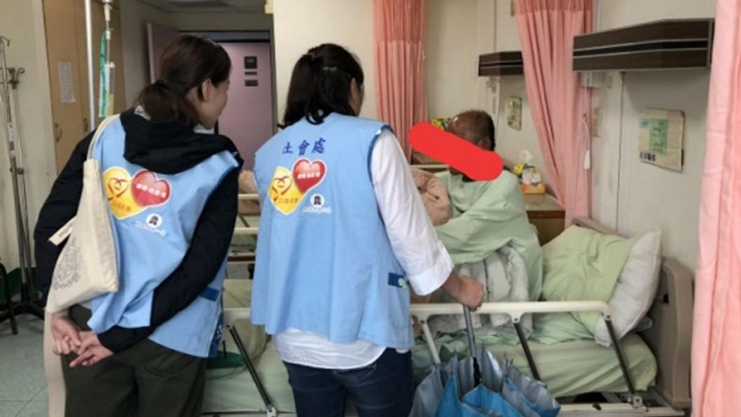 圖/苗栗縣政府社會處提供 多次走失遭妻綁鐵鍊 78歲失智翁將入住失能照護中心
