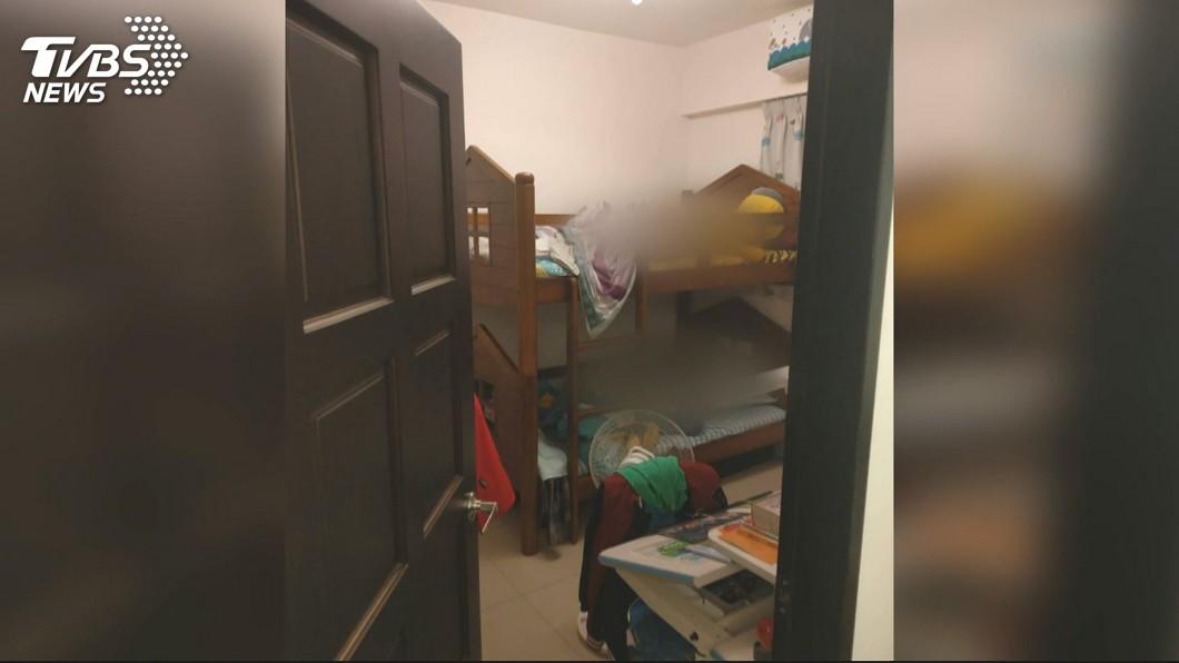 新北市泰山小姊弟命案,2人陳屍在父親住處的上下床鋪。(圖/TVBS) 小姊弟命案…嬤:弟弟妹妹快去找爸爸玩 隔天找到兒遺體