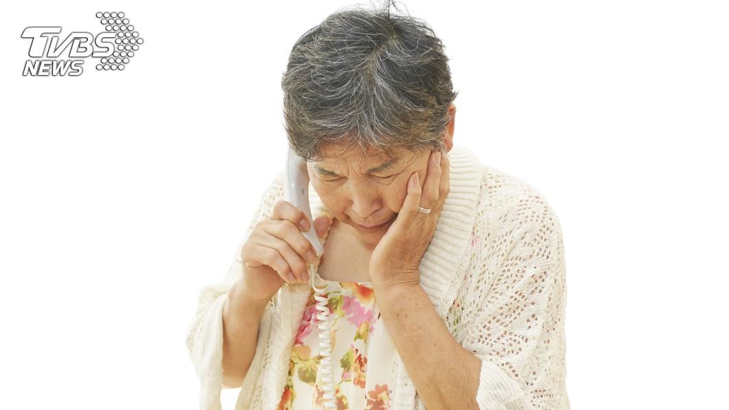 知道2孫均患「視網膜母細胞瘤」,婆婆相當憤怒。圖/TVBS