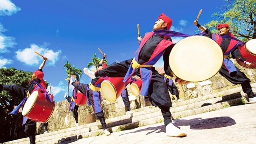 沖繩景點四季玩法-首里城大鼓秀。(圖/Tripbaa趣吧!亞洲自由行專家)
