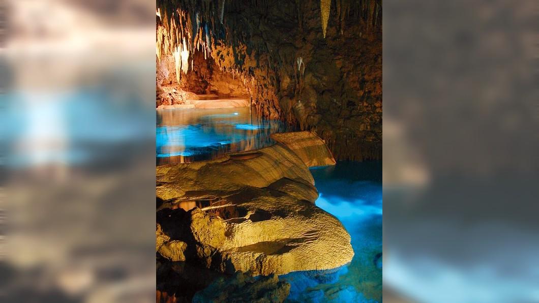 沖繩景點四季玩法-玉泉洞。(圖/翻攝自沖繩世界文化王國園區官方網站)